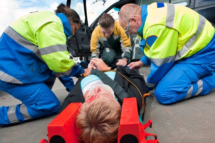 How to Provide Road Accident First Aid Like an Expert
