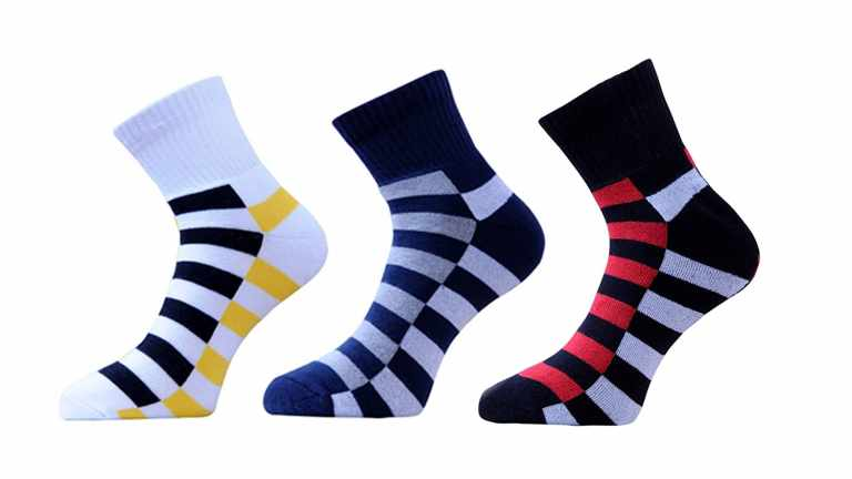 4 Popular Sock Patterns and How to Wear Them