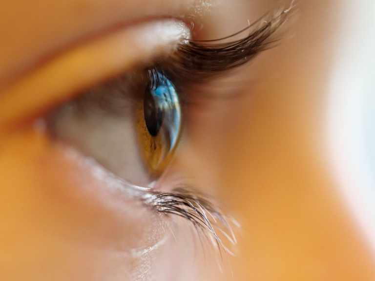 Taking care of your eyes during the summer if you wear contact lenses
